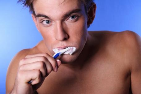 Warum ist die mundhygienisches Behandlung wichtig ?
