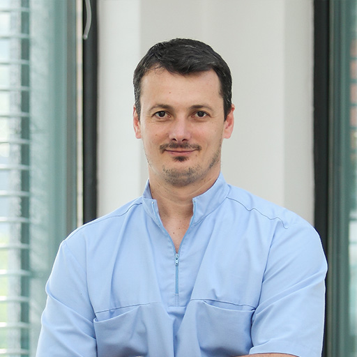 Dr.med Dent Kövér Balázs