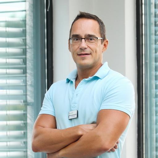 Dr. med Dent Stiller Zsolt